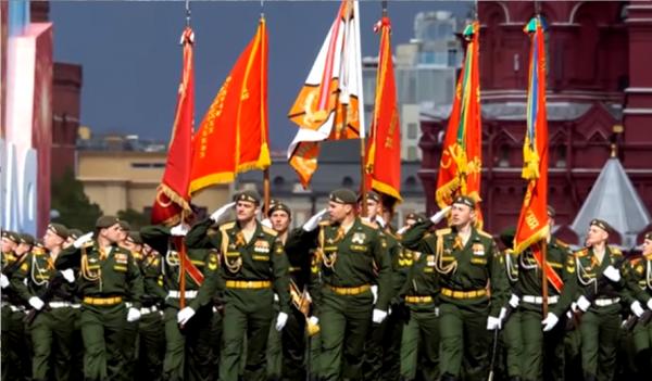Блогер Goose: 9 Мая превратился в праздник лицемерия и парад позора