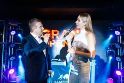 Украинских знаменитостей «засекли» на вечеринке в столице
