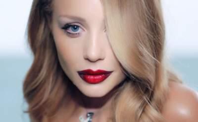 Без макияжа и укладки: Тина Кароль показала естественную красоту