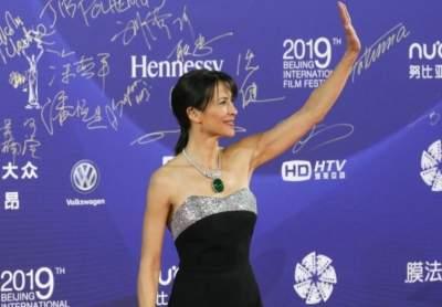Софи Марсо прибыла на мероприятие в Пекин