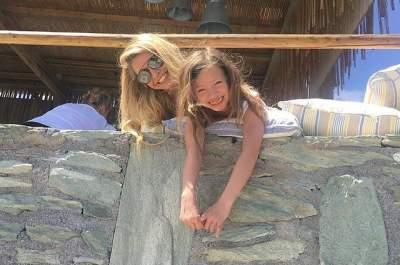 Вера Брежнева показала 10-летнюю дочь