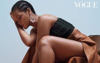 Рианна снялась в откровенной фотосессии для Vogue