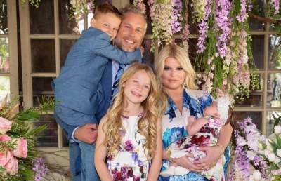 Джессика Симпсон показала фото со всей своей семьей