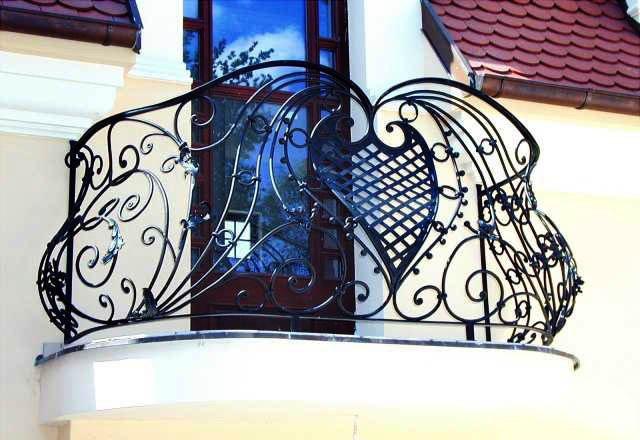 Где заказать кованые решетки на балкон