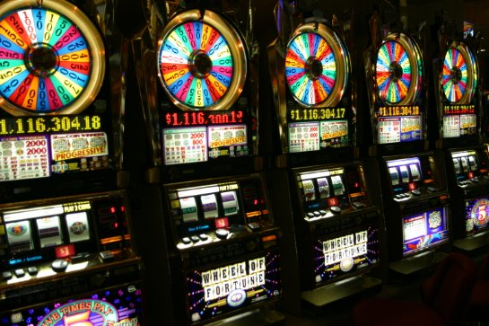 Выгодная игра в онлайн казино Point Loto