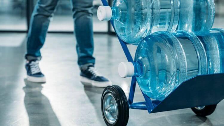 Доставка питьевой воды в офис и на дом